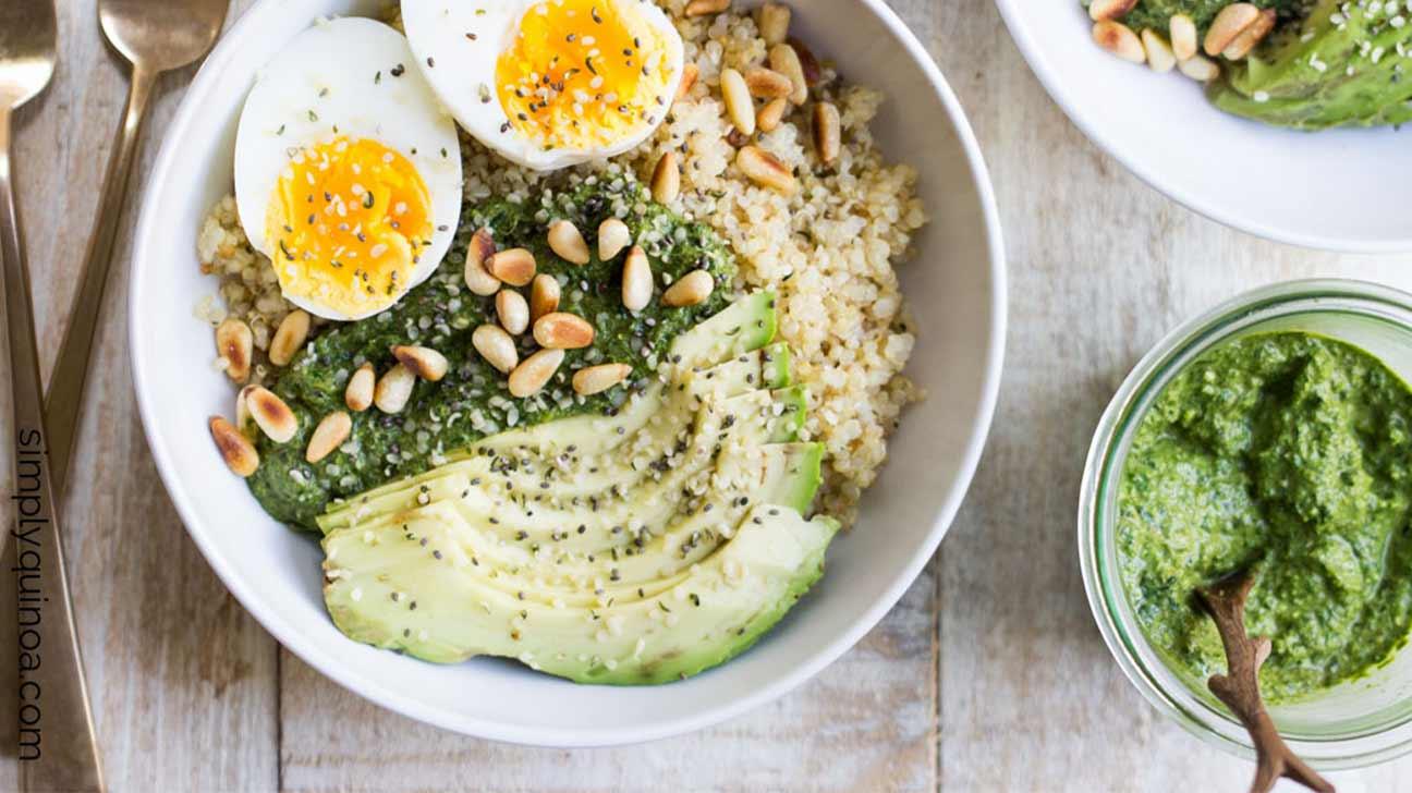 Savory Pesto Quinoa Breakfast Bowls