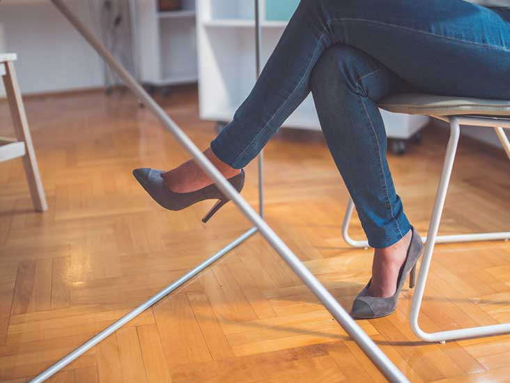 Crossed Legs While Sitting: Is it bad for you?