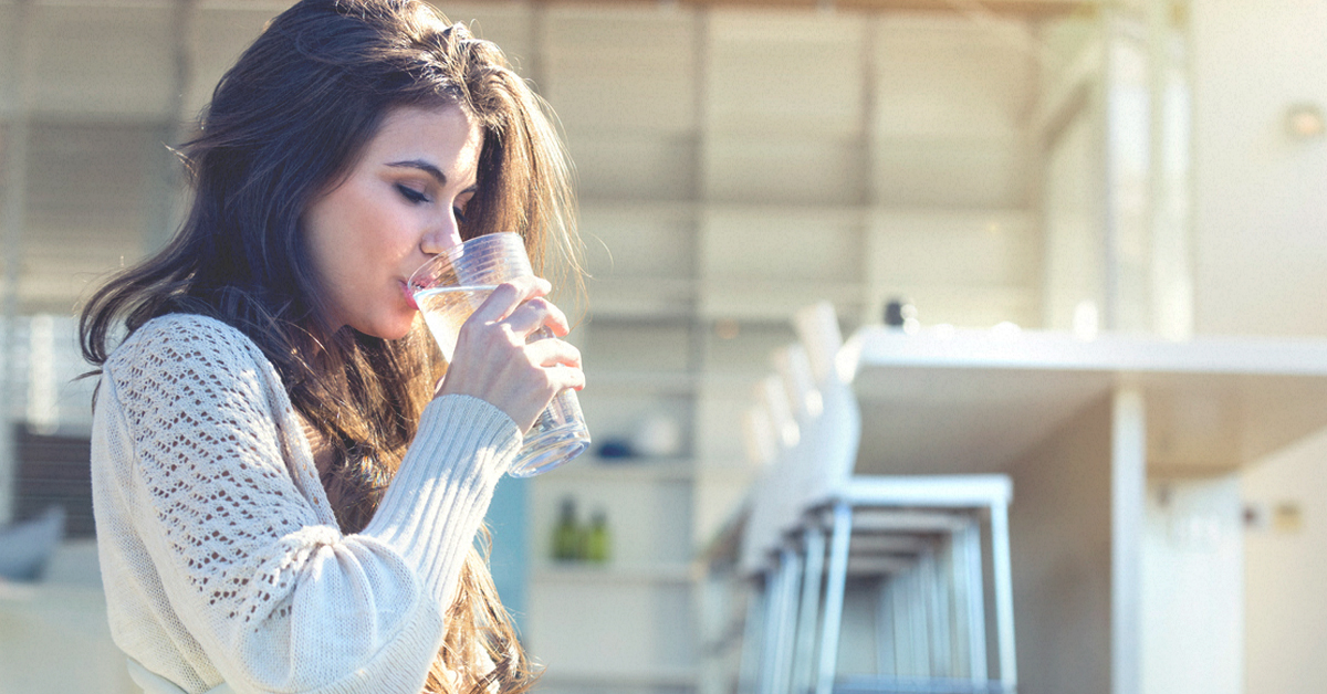 Should you drink cold or warm water to lose weight