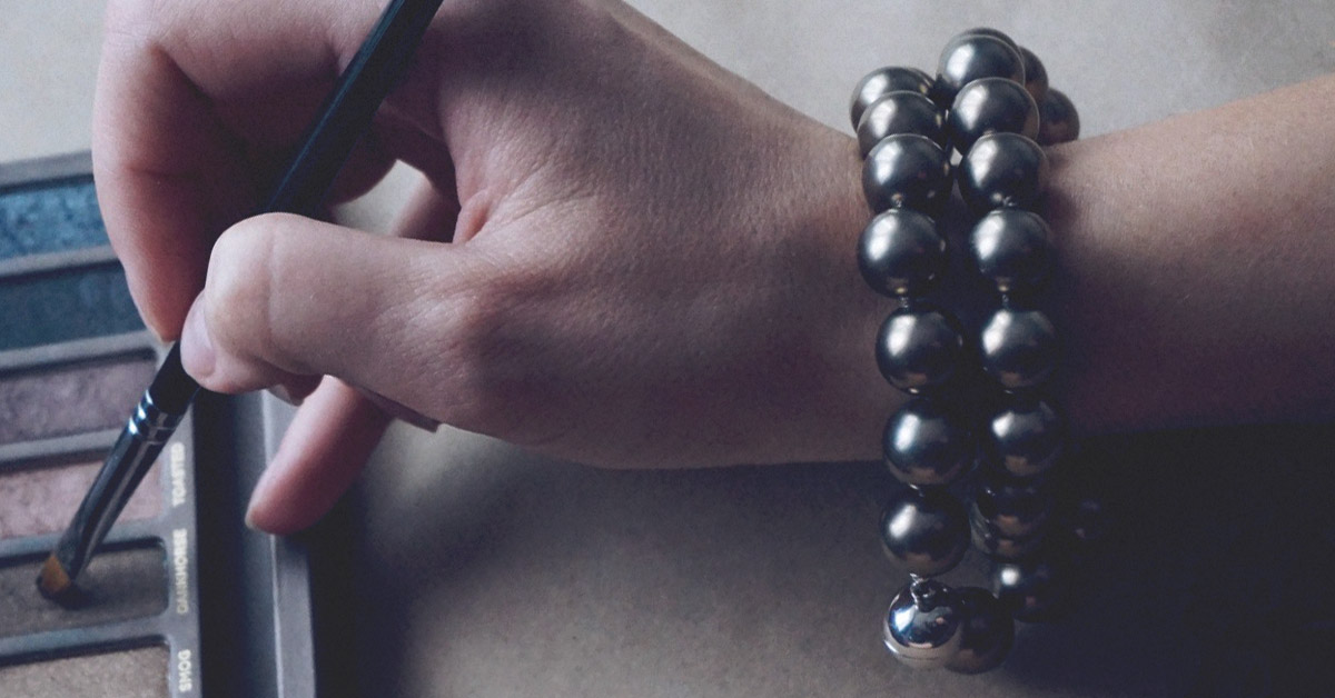Do Magnetic Bracelets Really Help With Pain
