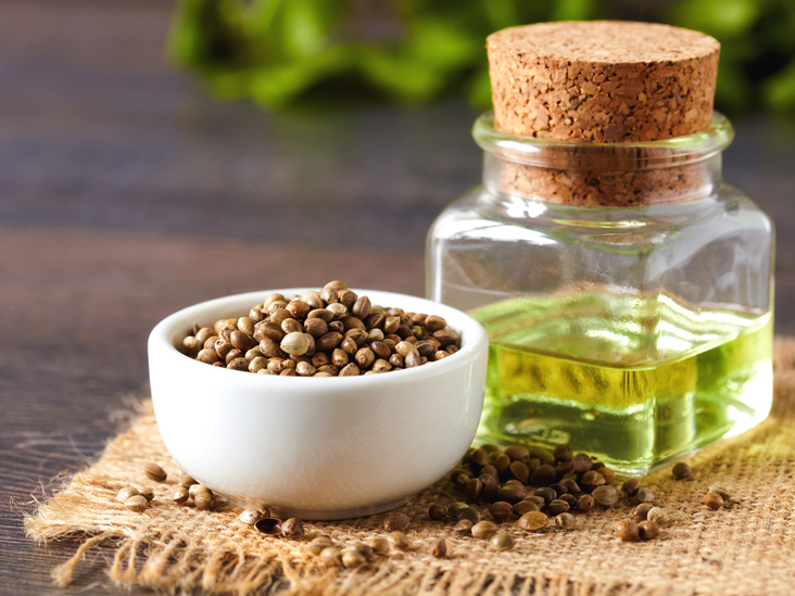 Hemp Oil For Skin Benefits And How To Use For Your Face