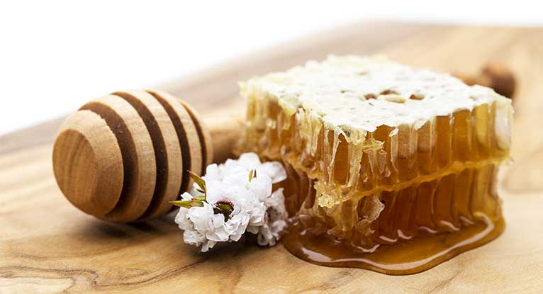Everything You Should Know About Manuka Honey
