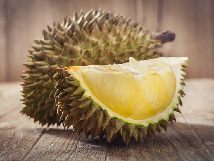 Buah Durian enak namun berbahaya