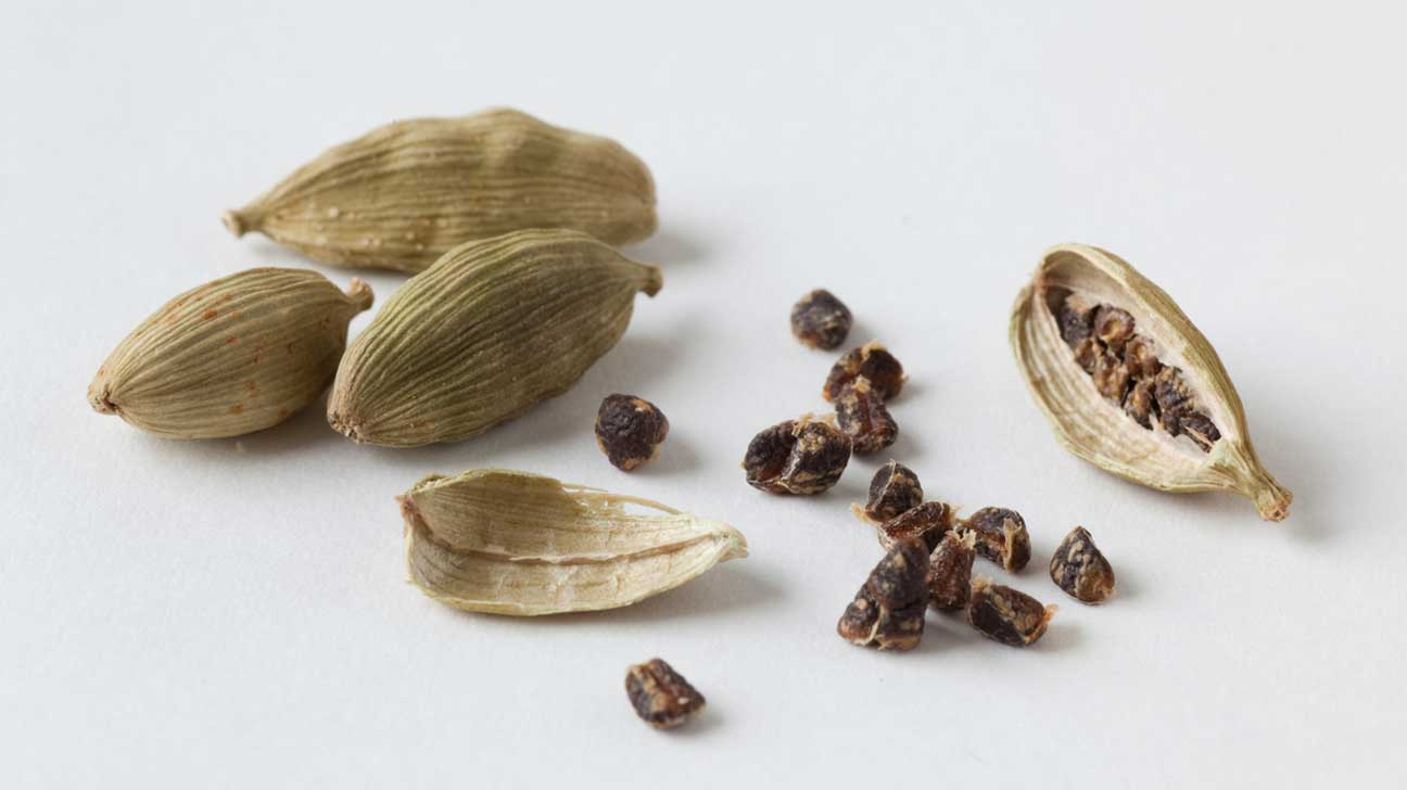 Forum on this topic: 15 Amazing Benefits Of Cardamom Oil For , 15-amazing-benefits-of-cardamom-oil-for/