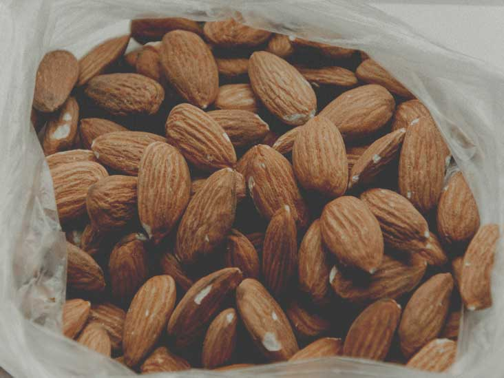 9 Evidence-Based Health Benefits of Almonds