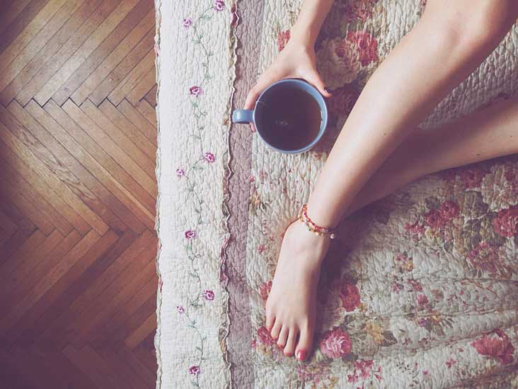 Red Raspberry Leaf Tea: Pregnancy, Benefits and Side Effects
