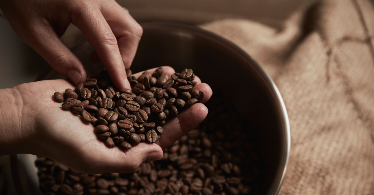 Is It Safe To Eat Coffee Beans Benefits And Dangers