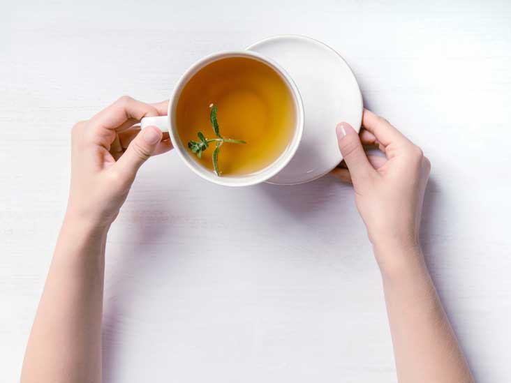 9 Teas to Soothe an Upset Stomach