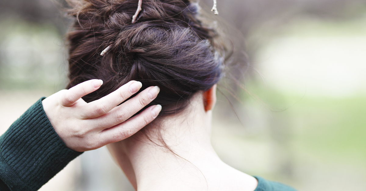 Scalp Picking: Is it Dermatillomania or OCD? And Tips for How to Stop