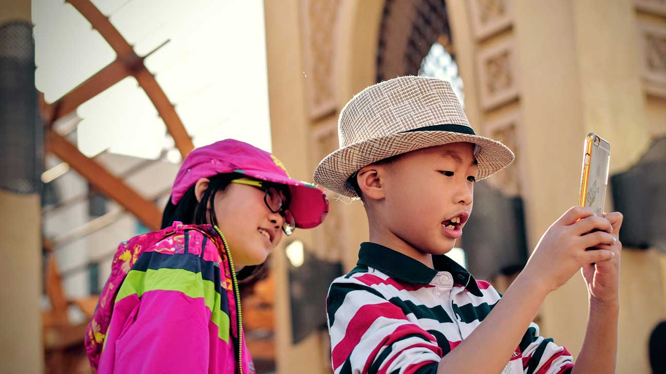How Smart Phones Are Causing Kids to Experience 'Altered Childhoods'
