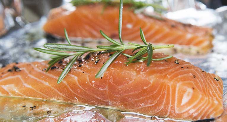 Eating Fish May Help Reduce RA Disease Activity