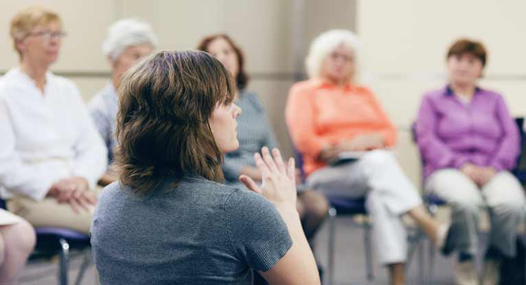 Small Cancer Support Groups Can Be More Helpful