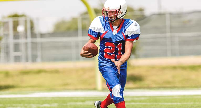 High School Football Players Don't Have Increased Risk of Degenerative Brain Disease