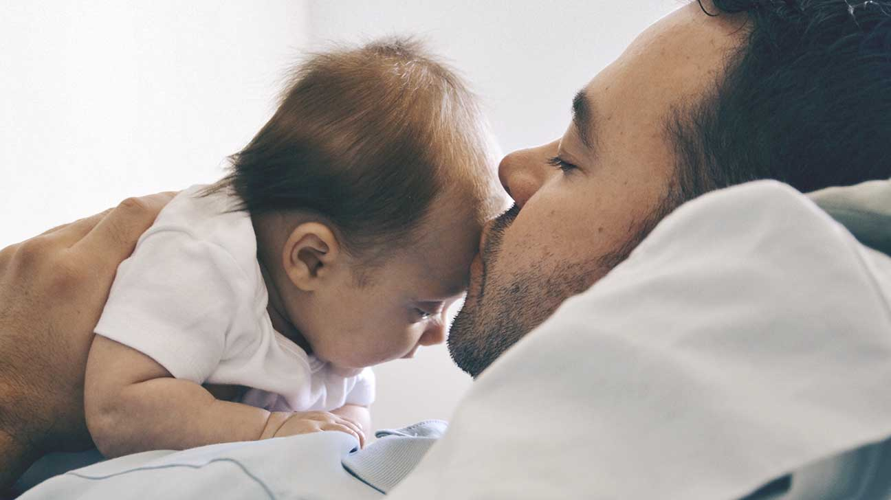 infant kiss and meningitis risk