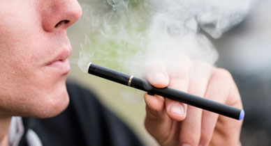 E-Cigarettes Hurt, Instead of Help, Efforts to Quit Smoking