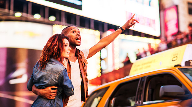 couple getting a taxi