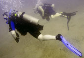 Charles James Shaffer (U.S. Navy) learning to SCUBA