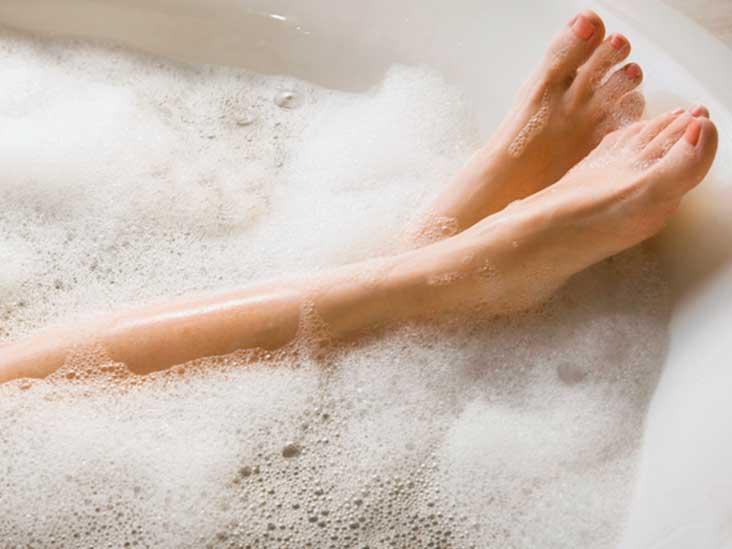 10 Ways to Treat Psoriasis at Home