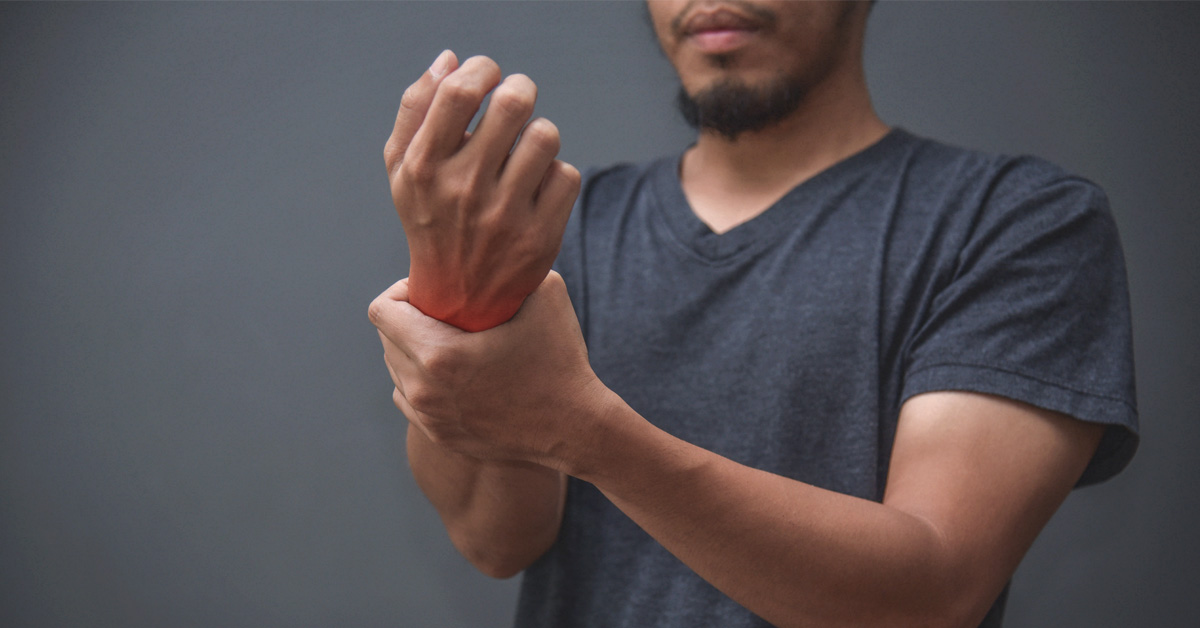 Straight dude gets deep tissue massage