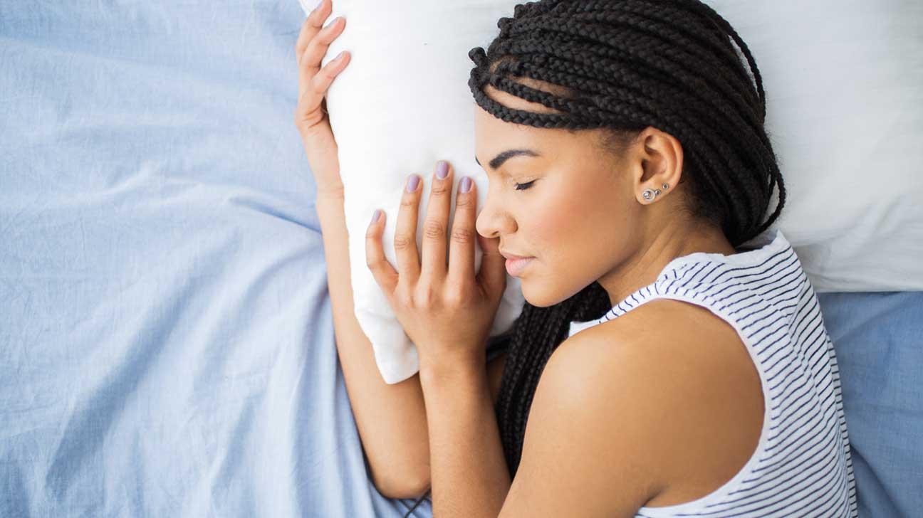 peaceful sleep - 9 NATUURLIJKE SLAAPMIDDELEN DIE WORDEN ONDERSTEUND DOOR WETENSCHAP + MELATOLINE