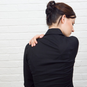 10 dicas criativas para diminuir as dores nas costas Dor Saúde de A a Z
