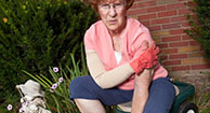 woman with psoriatic arthritis pain