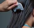 lice pick in hair