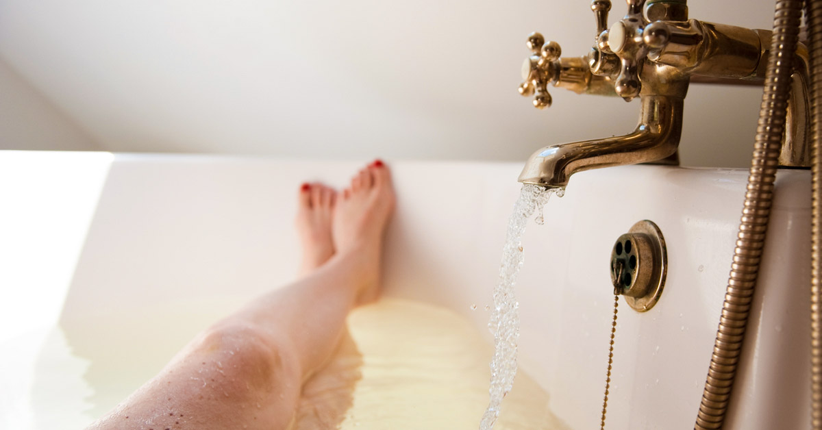Apple Cider Vinegar Bath Conditions It Helps And How To Take One