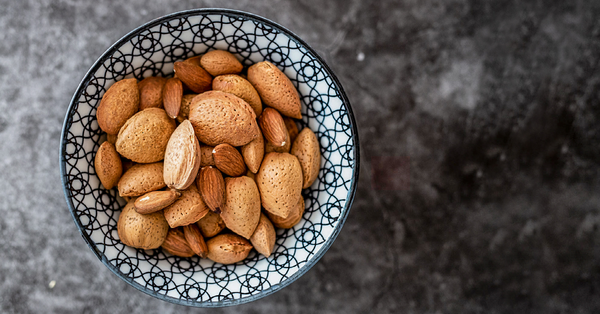 What Kind Of Nut Has A Hole >> Almonds A Diabetes Friendly Nut