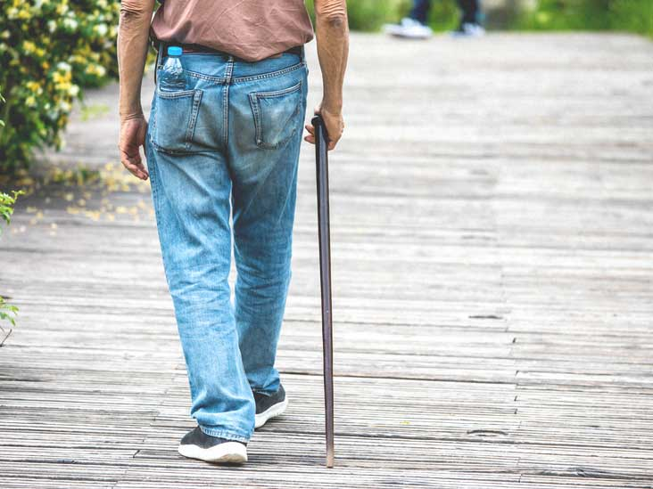 Parkinsonian Gait: Symptoms, Causes, and Exercises