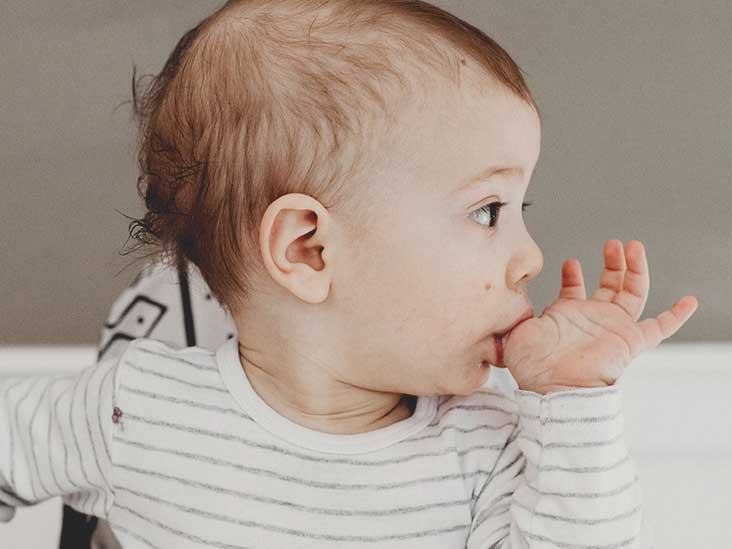 Why Do Babies Suck Their Thumb and How to Stop Their Thumb