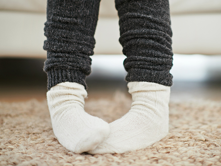 5 Amazing Remedies for Peeling Feet