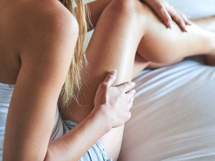 Do vaginal pimples cause swelling