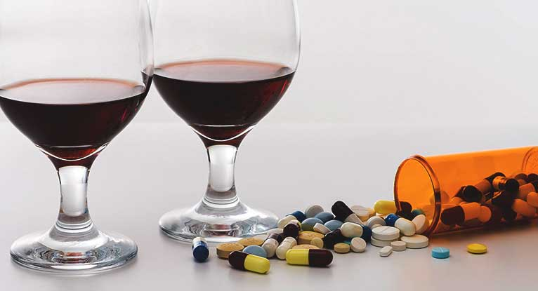 Can I drink alcohol while taking antibiotics? - Health questions - NHS Choices