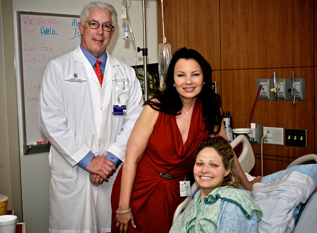fran drescher visiting patients in hospital