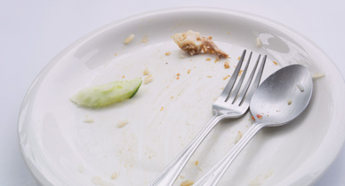 What's the Difference Between Overeating and Binge Eating Disorder?