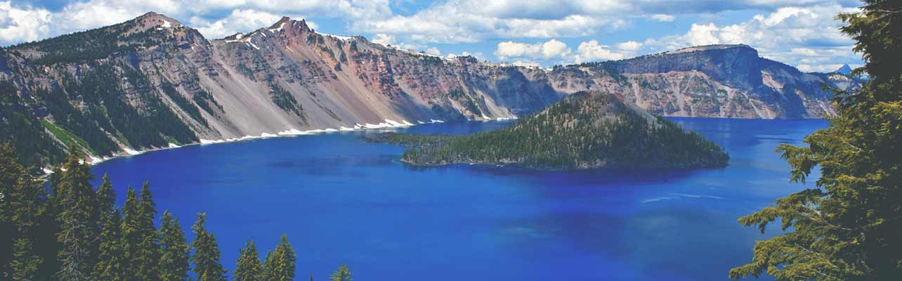The Best Places To Hike In North America - North americas 9 most scenic lakes