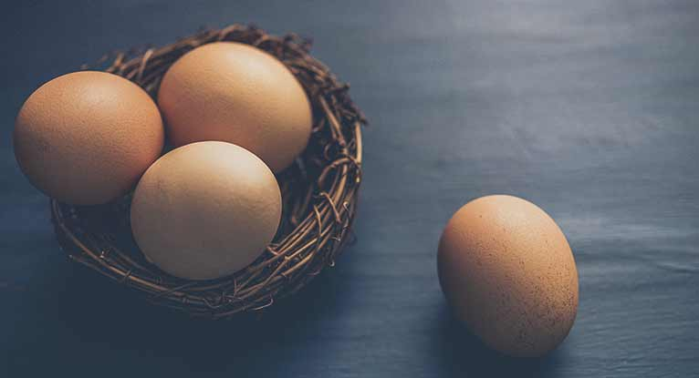 How Many Calories Are in an Egg?