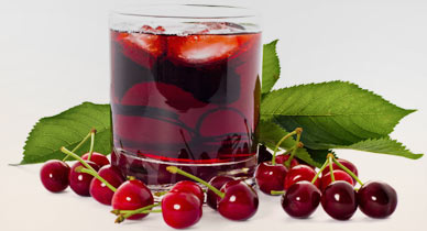 7 Ways Cherry Juice Benefits You