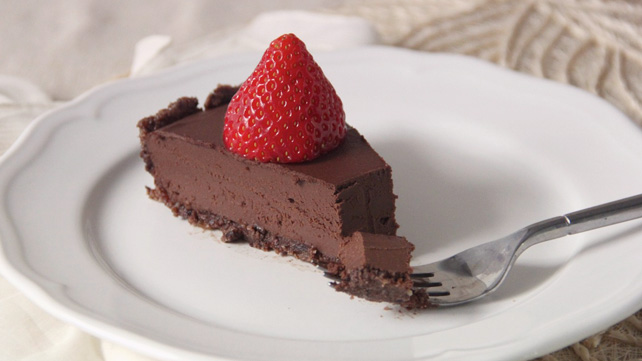 Dark Chocolate Hazelnut Tart with Fresh Strawberries