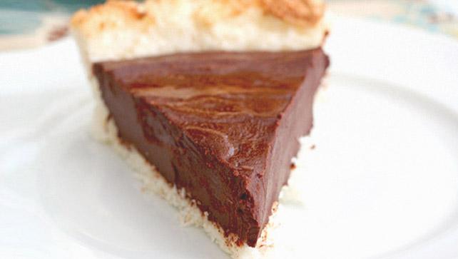Chocolate ganache macaroon pie