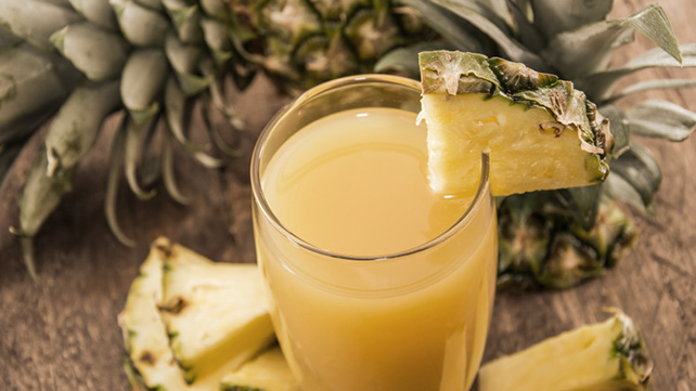 The 9 Best Pineapple Juice Benefits
