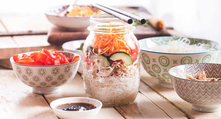 5 Healthy Mason Jar Lunches to Take to Work
