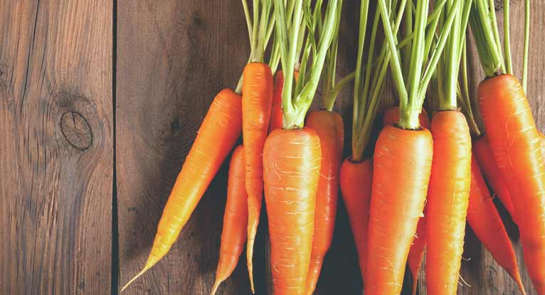 Carrot Allergy: Symptoms, Foods to Avoid, and More