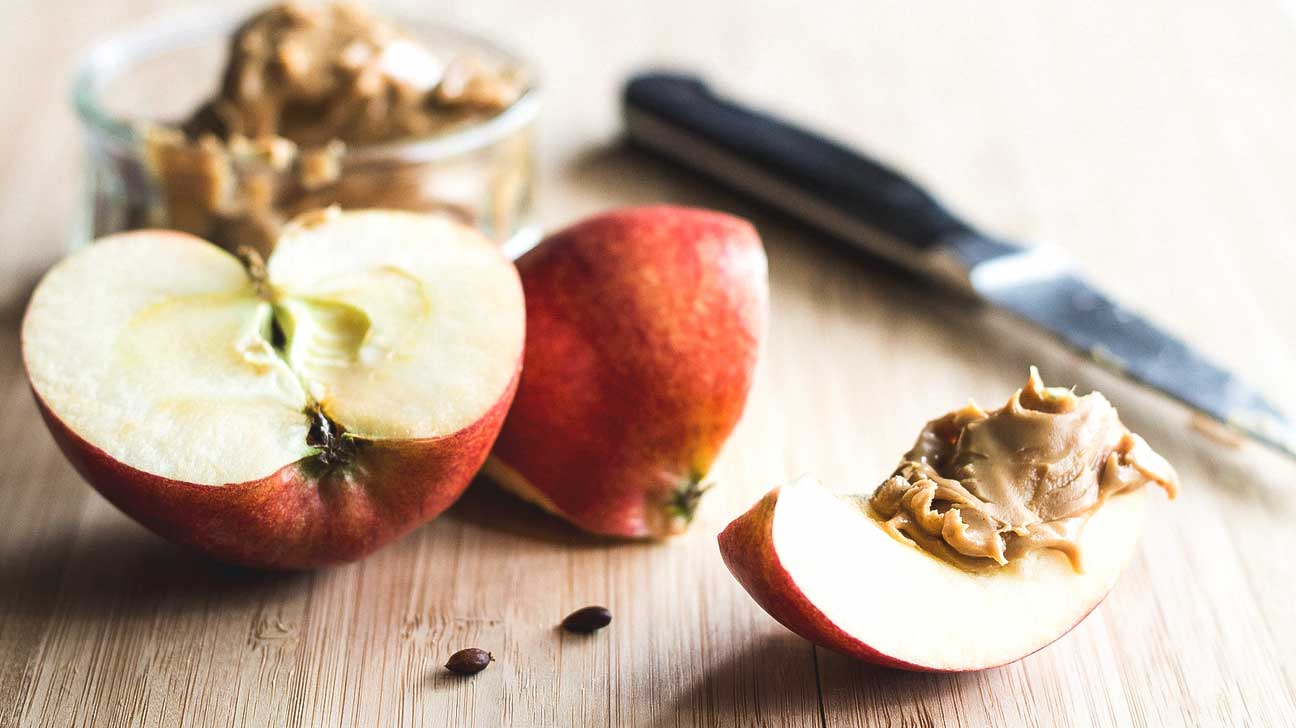 Apple with cinnamon almond butter