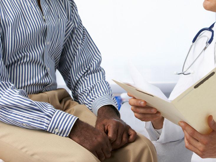 Белые пятна на яичках: причины, другие симптомы, лечение