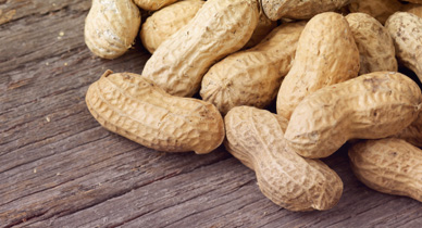 Peanut Allergies and Delayed Anaphylaxis: Signs, Symptoms, and More