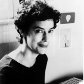 Margaret Edson, posing.