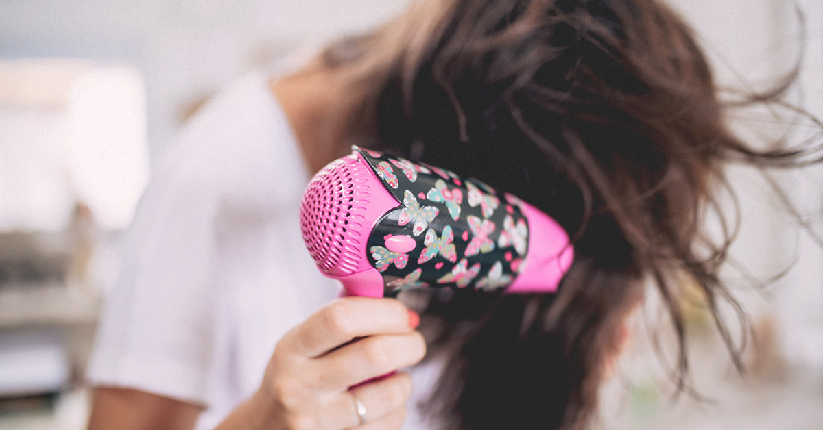 Dry Hair: Causes, Treatments, and Diagnosis