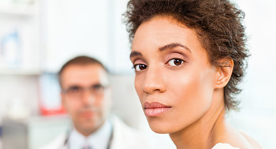woman speaking with her doctor about ms